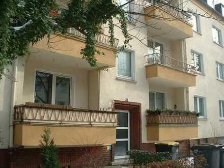 Moderne 3-1/2-Zimmer-Parterre-Wohnung mit Balkon in Körne
