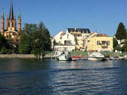 Direkt am Wasser - Inselstadt Werder - Stellplatz und Liegeplatz separat
