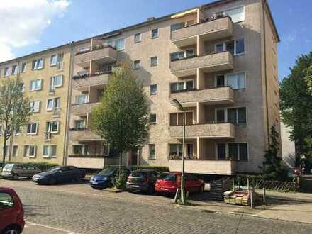 Besichtigung am 19.09. um 17:00 Uhr - Renovierte Singlewohnung mit Balkon mitten in Friedenau