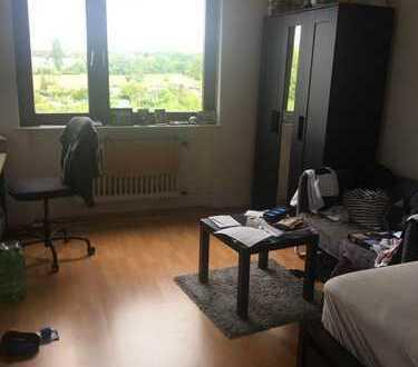 17 qm Zimmer in mühlheim in 3er WG ab 25.7. zur Zwischenmiete