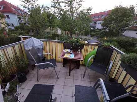 Neuwertige, ruhige drei Zimmer Wohnung in Allacher Bestlage