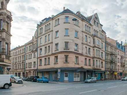 Stattliches Wohn- und Geschäftshaus - Denkmal - Fürth zentrale Lage - Aufteilung sofort möglich