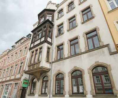 Erstbezug nach Sanierung - Familienwohung im schicken Altbau - 3. OG mit Balkon