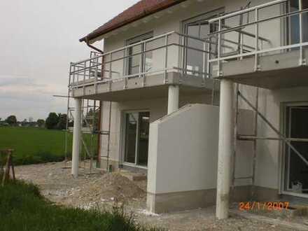 2-Zimmer-Wohnung, Neubau/Erstbezug, 1. OG, gr. Balkon, ruhige Lage, Esting