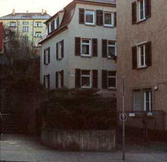 Stilvolle 3-Zimmer-Dachgeschosswohnung mit EBK im Stuttgarter-Osten