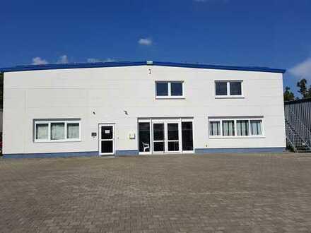 Bürogebäude/Gewerbehalle mit 14 PKW Stellplätzen direkt an A81!