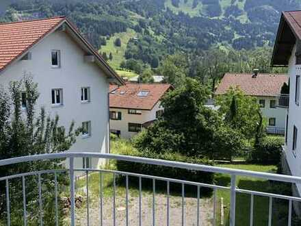 Sanierte 3,5 Zimmer Wohnung mit Grüntenblick - Provisionsfrei!