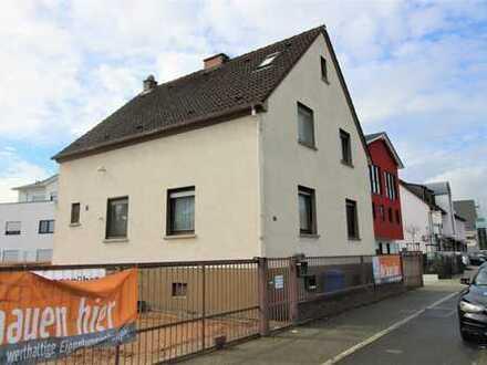 Freistehendes Einfamilienhaus mit Potential