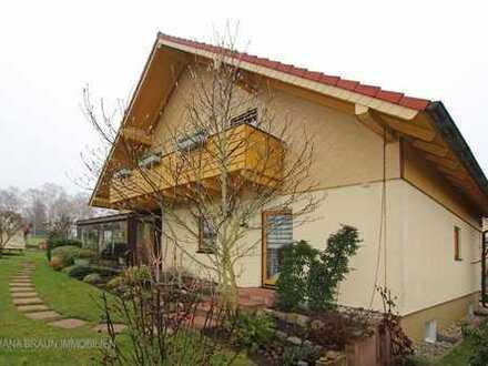 6-Zimmerhaus mit Wintergarten - große Familie oder zwei Generationen unter einem Dach