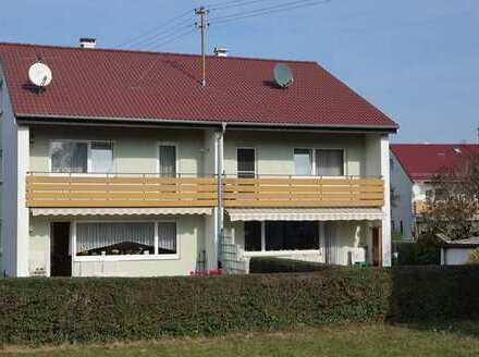 Doppelhaushälfte mit interessanten Details
