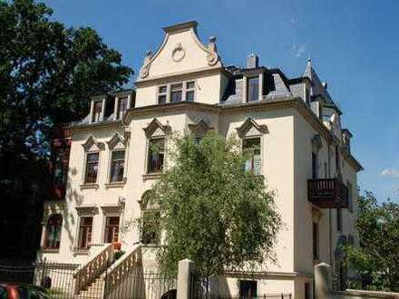 * schöne Wohnung in Bestlage von Blasewitz zwischen Waldpark und Elbe ***