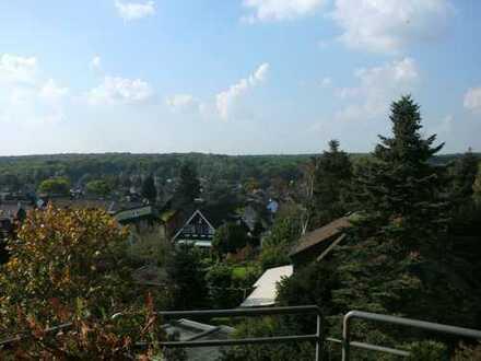 Mülheim (Ruhr) Saarn - Große Penthouse-Wohnung mit Blick von oben ins Grüne