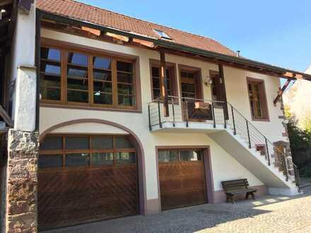 Zwei freistehende Top-Immobilien in Kandern zum Kauf