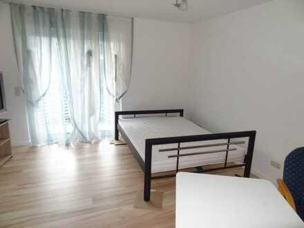 Fertig möbliert - Singlewohnung mit Einbauküche und Balkon!