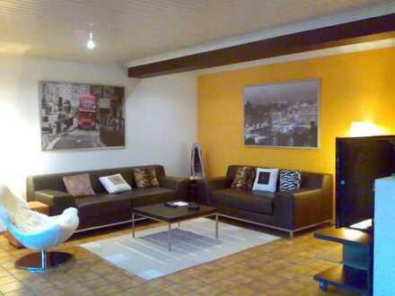 Provisionsfrei: Exklusive Wohnung mit viel Garten in Top-Lage (Luftkurort Inzell)