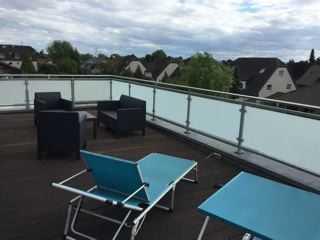über den Dächer von Köln ,möblierte Terrassenwohnung, renoviert, im II.OG, 97 qm