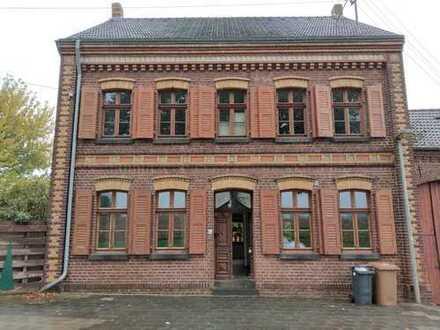 Schönes Bauernhaus mit sieben Zimmern im Rhein-Erft-Kreis, Bedburg