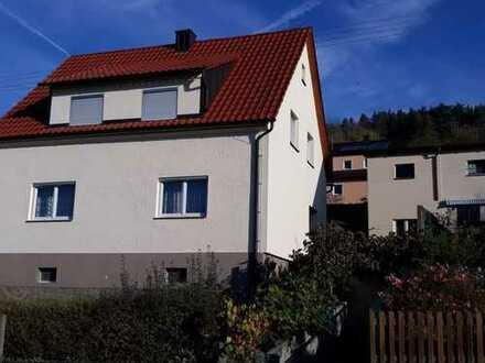 Sehr gepflegtes Einfamilienhaus in Creglingen mit Blick über das Taubertal
