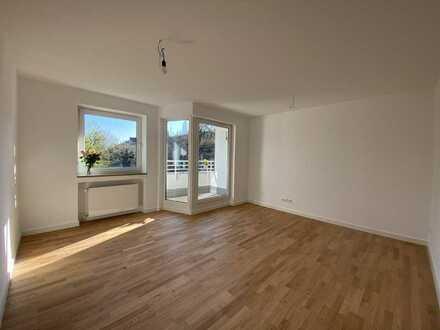 Erstbezug nach Sanierung: helle 3-Zimmer-Wohnung mit Einbauküche und Balkon in Au, München