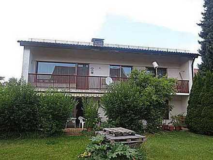Beste Wohnlage - Großzügiges Ein-/Zweifamilienhaus mit Garten