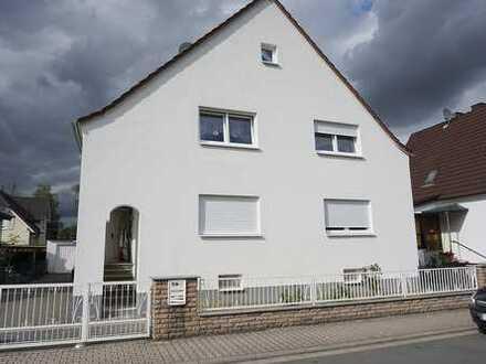 Rödermark-Ober Roden - Herrliches 2-Fam-Haus mit Baugrundstück