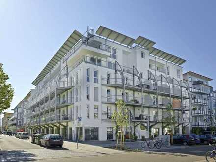 Sonnige teilmöblierte Innenhofwohnung in moderner Wohnanlage