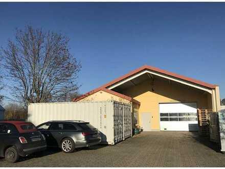 Gewerbehalle mit Bürotrakt und Außenanlage