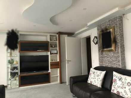 Frisch renovierte Penthouse Wohnung