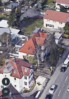 Sanierungsbedürftiges 3 Familienhaus mit Garage und Baugrundstück