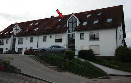Attraktive, gepflegte 1-Zimmer-Dachgeschosswohnung in Illerberg