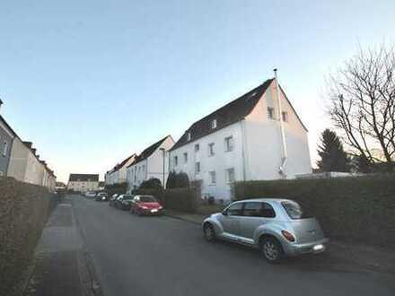 Bergen: hübsche Dachgeschoss-Wohnung in ruhiger Wohnlage!