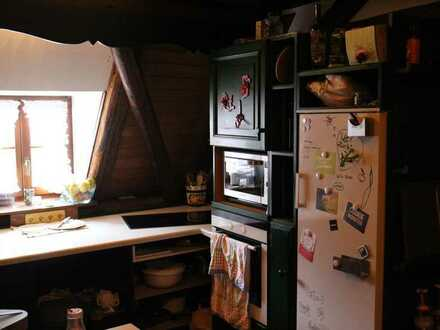 Möbliertes 17qm Zimmer mit eigenem Bad in 4er-WG direkt im Zentrum Kulmbachs