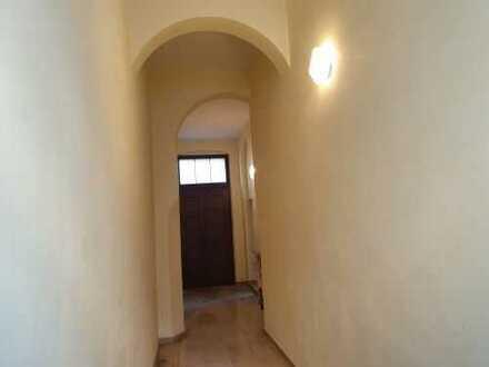 Zentrumslage, Büro mit 2 Zimmern in herrschaftlichem Gebäude von 07545 Gera, 60 km von Leipzig
