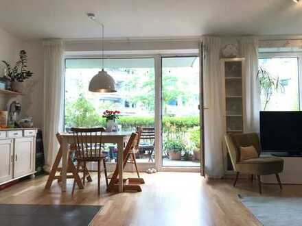 4-Zimmer-Erdgeschosswohnung mit Terrasse/Innenhof in Hamburg-Altona