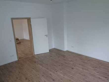 365 € - 81 m² - 2.0 Zi.