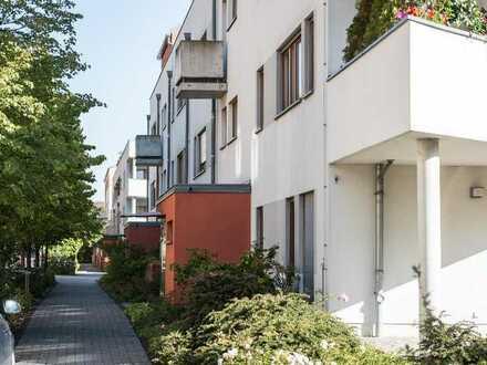 **Kleine Singlewohnung mit Terrasse** Barrierefrei, Aufzug und Tiefgarage