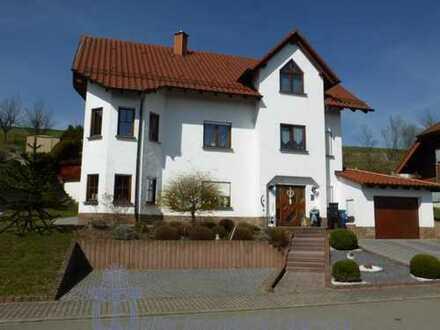 Modernes Landhaus mit Einliegerwohnung in der Verbandsgemeinde Thaleischweiler-Wallhalben
