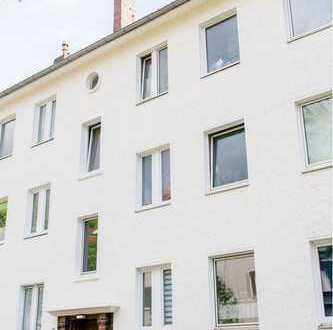 Schöne Erdgeschosswohnung mit Terrasse in ruhiger Sackgasse - Erstbezug nach Sanierung!