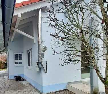 Großzügige DHH (ca. 160m²) mit Garten, Sauna, Garage & Möglichkeit zur (Teil)Vermietung in Eschach