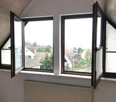 5-Zimmer-Maisonette-Wohnung mit Balkon und Einbauküche in Bad Vilbel