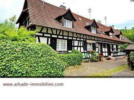 *** Denkmalgeschütztes Fachwerkhaus am Oosbach gelegen ***