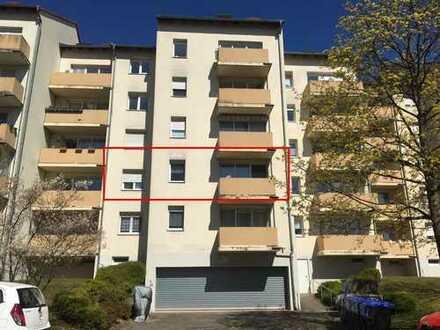 Schöne 2 - Zimmer Wohnung mit Balkon und Einbauküche in Saarbrücken - St. Johann