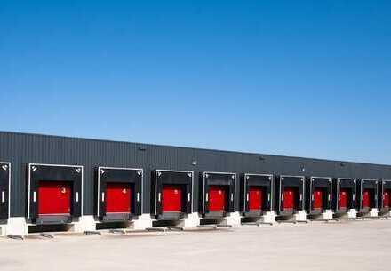 PROVISIONSFREI: ca. 40.000 qm Neubau Logistik | mehrere Rampen | ca. 12,50 m UKB !