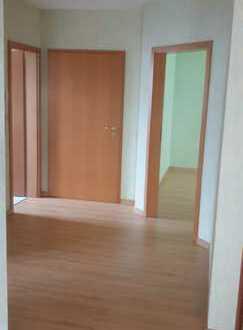 Helle und gepflegte 3-Zimmer-Wohnung mit Balkon in Ludwigshafen am Rhein