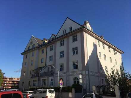 Schöne, helle, sanierte 5ZKB Altbauwohnung im Bismarckviertel ab sofort