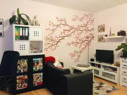 Kunstvoll gestaltetes 18 m² Zimmer