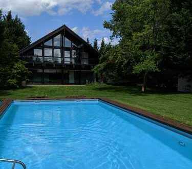 Schönes Haus mit Schwimmbad, Einliegerwohnung in Kirrlach, Lessingstr.27
