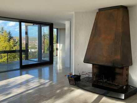 Architektonisch herausragendes Wohnhaus in Toplage mit einmaligem Panoramablick