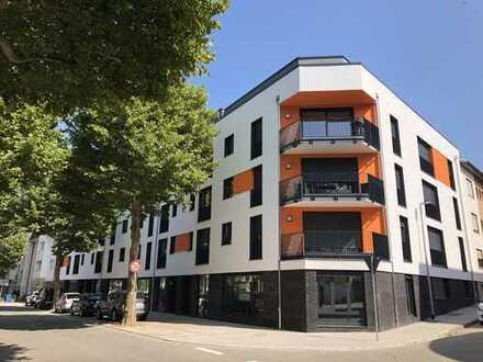 Erstbezug: exklusive 2-Zimmer-Penthouse-Wohnung mit Einbauküche und Balkon in Baden-Baden, Weststadt