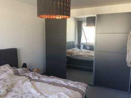 Gepflegte 2-Zimmer-Maisonette-Wohnung mit Balkonen nähe HBF vom 01.10.18-31.01.2019 zu vermieten
